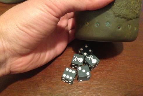 skull-dice