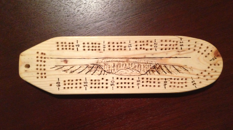 surfboard-and-wave-cribbage-board
