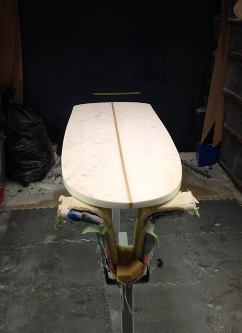broken-surfboard-begin-shaping